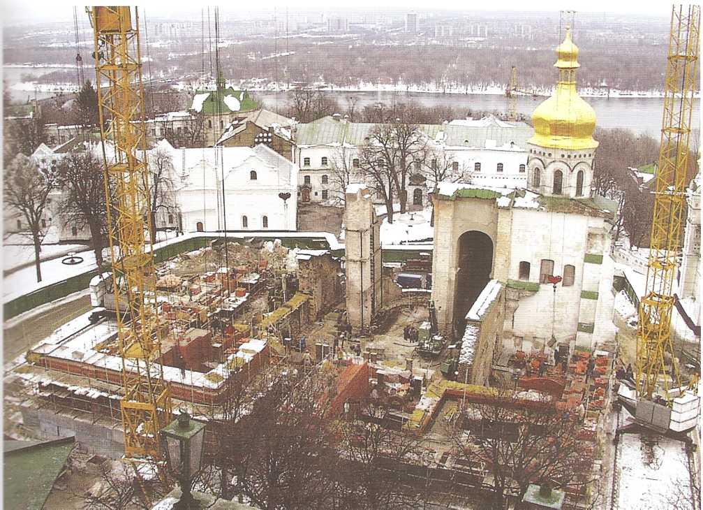 Анализ архитектурно-археологических исследований Успенского собора