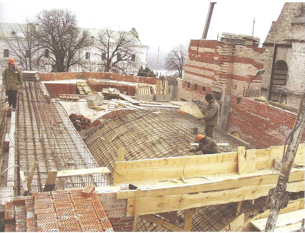 Обследование кирпичной кладки остатков Успенского собора