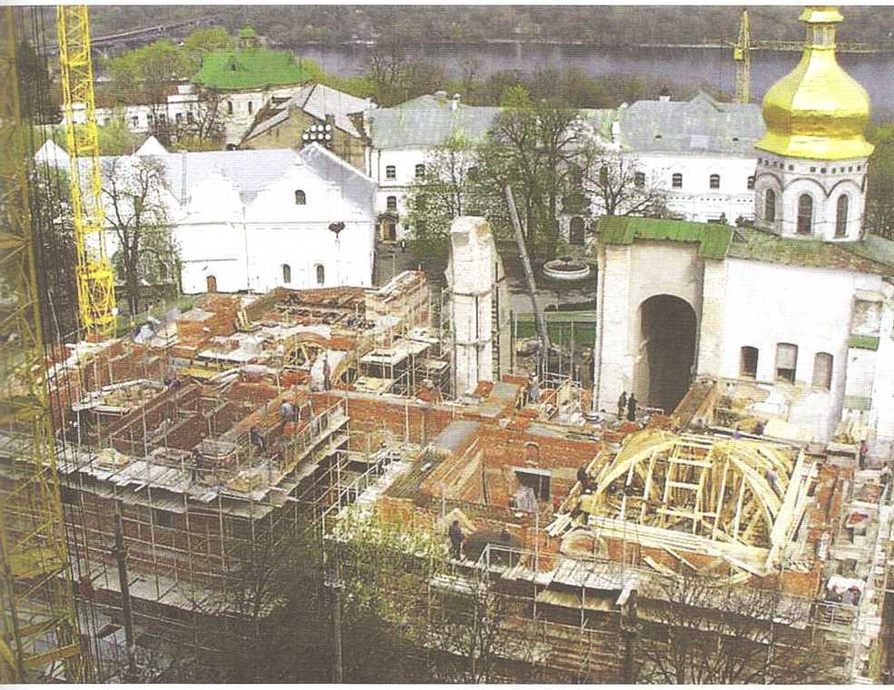 Комплексные научно реставрационные исследования Успенского собора