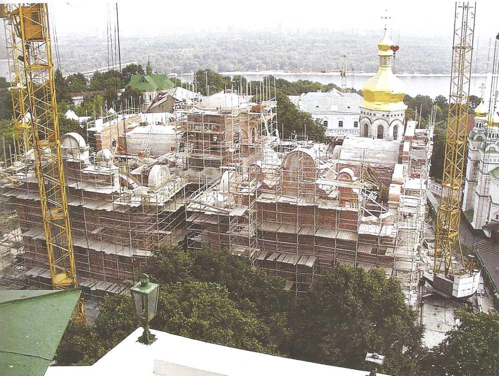 Ремонтные работы по воссозданию церкви Успения в XIV